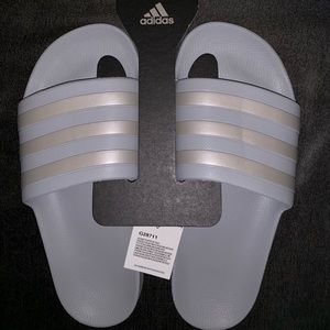 Adidas sliders grey